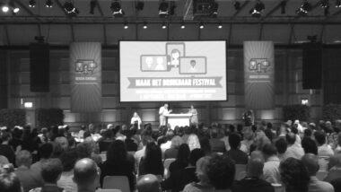 Foto van plenaire opening festival