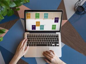 Laptopscherm met het Optimaal Digitaal Online spel